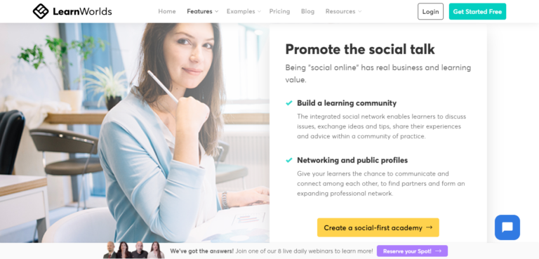 LearnWorlds community building